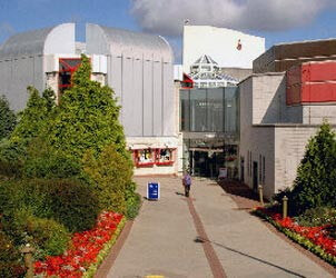 Warwick Arts Centre – April 1st 2000